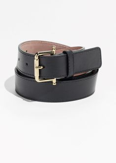 & Other Stories Leather Belt in Black Fall Wardrobe, Belts For Women, Fashion Photo, Ready To Wear, Style Inspiration, Leather, How To Wear, Outfit, Accessories