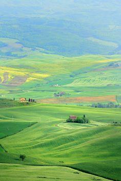 Lush green Pienza, Italy