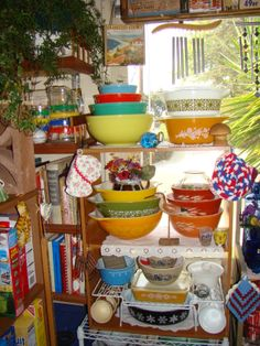 I have lots and LOTS of Pyrex to be used for decorating my new 1956 kitchen