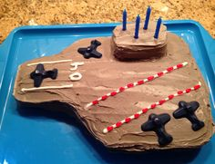 Airplane party cake: aircraft carrier with chocolate molded airplanes