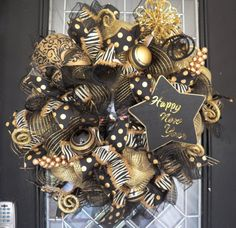 Hey, I found this really awesome Etsy listing at https://www.etsy.com/listing/252162318/happy-new-year-wreath-new-years-party