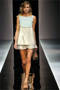 Love for summer! Emporio Armani - Spring Summer 2013 Ready-To-Wear - Shows - Vogue.it