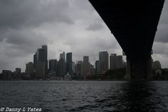 Canon 400d - 18-55 mm lens - 28mm - ISO 200 - F10 - 1/500 - Late morning / early afternoon - cloudy / rainy / crappy - hand held - Sydney Harbour - 09/02/2015