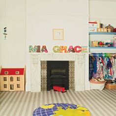 Girl's bedroom with storage | Childrens bedroom decorating | Childrens bedroom | Homes & Gardens | IMAGE | Housetohome.co.uk