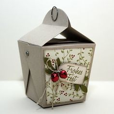Ute's Scrapblog: Papierverpackungen - several patterns to make paper boxes.
