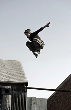 What Parkour training should really mean - image: Daniel Llabaca performing a drop