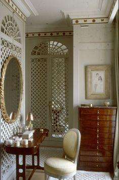 Un boudoir parisien, par Henri Garelli