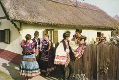 Mezőkövesdi népviselet Folk Costume, Costumes, Folk Clothing, Folk Dance, Folklore, Traditional Outfits, Hungary, Ukraine, Textiles
