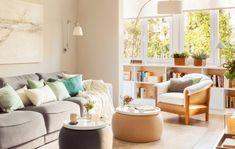 adelaparvu.com despre apartament 75 mp in tonuri deschise, designer Pia Capdevila, Foto Fernando Bedon, ElMueble (18) Dream Home Design, House Design, Sofa, Couch, Tiny House, Small Spaces, Home Goods, Design Inspiration, Cool Stuff