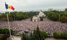 Demonstrators attempt to occupy central square in capital Chișinău after mass embezzlement scandal of missing $1bn