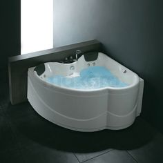Whirlpool bad PLASH Whale | Toilet en badkamer | Pinterest