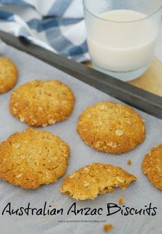 Australian Anzac Biscuits - delicious and easy recipe. Anzac biscuits are an Australian classic biscuit You can make them chewy, or crispy but they are very hard to stop at one! Baker Recipes, Cookie Recipes, Gluten Free Anzac Biscuits, Oat Biscuit Recipe, Gluten Free Almond Cookies, Drop Biscuits, Foods With Gluten, Gluten Free Cooking, Sweet Recipes