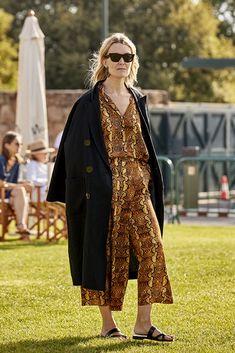 Marta Ortega Marta Ortega, Balenciaga, Zara, Duster Coat, Jackets, Fashion, Trends, Style, Down Jackets