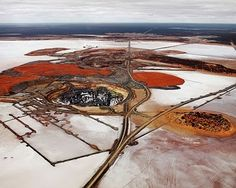 Edward Burtynsky: The end of oil