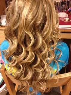 Curled hair with a wand