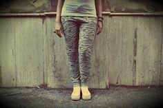 Pantalone BeAW Animalier zebrato: coming soon!