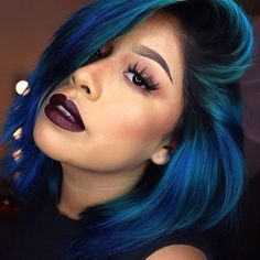 #repost #inspiration #bluebair  OMG!!! Blue Hair & Dark Lips  Do u know this diva?  I'm sooo in love with such pretty color! #rp #pretty #hair #haircolor #lips #darklips #makeup...