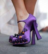 Embellished cute purple shoes