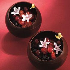 Chocolate & Jasmine Sphere