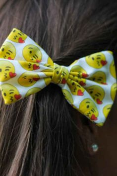 24 Ways To Channel Your Emojis In Style