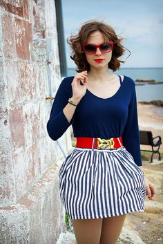 #fashion #travel #girl Sara of Swing the Day Away wearing a navy Charlotte Russe top.
