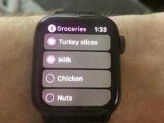 Best Apple Watch tips and tricks that make life easier Apple Watch Phone, Apple Watch Hacks, Smart Watch Apple, Iphone Watch, Apple Watch Series 3, Apple Watch Fitness, Apple 6, Apple Maps, Apple Watch Features
