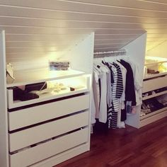 Creative and affordable Useful ideas: Attic Workspace House Attic Bedroom . - Creative and inexpensive Useful ideas: Attic Workspace House Attic bedroom furniture. Loft decor home theaters loft spa … - House Roof, Home, Small Spaces, Closet Bedroom, House, Bedroom Decor, Attic Bedroom, Bedroom Loft, Master Closet