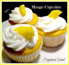 Simple Mango Cupcakes with Vanilla Cake Mix, Mango, Eggs, Oil. Mango Cupcakes, Mango Cake, Yummy Cupcakes, Fruit Cupcakes, Mango Rum, Baking Cupcakes, Cupcake Recipes, Cupcake Cakes, Dessert Recipes