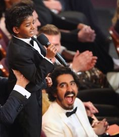 "JUST LOOK AT THE UNFILTERED JOY ON DEV'S FACE. | Dev Patel's Face While Sunny Pawar Reenacted The ""Lion King"" Scene At The Oscars Is Pure Joy"