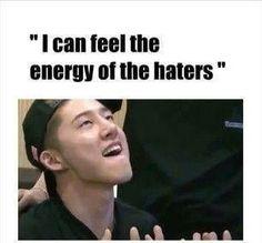 Ikon Kpop, Ikon Wallpaper, Yg Ent, Funny Memes, Hilarious, Kdrama Memes, Kim Hanbin, Meme Faces, Kpop Groups