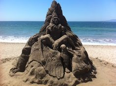 Some sand art photos from Puerto Vallarta I've found online. More on the malecon: http://www.puertovallarta.net/what_to_do/index.php