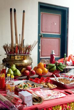 Hungry Ghost Offerings, Chinatown, Singapore. THE LIBYAN Esther Kofod www.estherkofod.