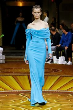 Christian Siriano Spring 2019 Ready-to-Wear Fashion Show Collection: See the complete Christian Siriano Spring 2019 Ready-to-Wear collection. Look 60 Christian Siriano, Couture Fashion, Runway Fashion, Fashion Outfits, Womens Fashion, Vogue Fashion, Fashion Spring, Fashion Trends, Fashion Show Collection
