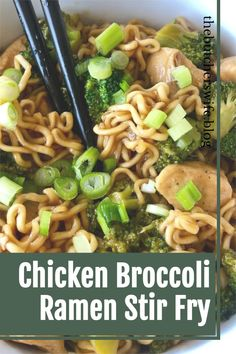 Super Easy Ramen recipe with broccoli and chicken- use that cheap ramen in your cupboard, ditch the seasoning packet and make your own stir fry sauce! How To Cook Broccoli, Fresh Broccoli, Chicken Broccoli, Ramen Recipes, Broccoli Recipes, Asian Recipes, Ethnic Recipes, Chicken Stir Fry, How To Cook Chicken