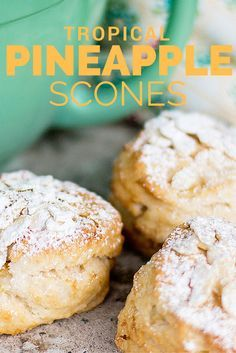 These tropical pineapple scones that I will show you how to make are filled with sweet pineapple which makes for a pretty good scone to me! Breakfast Scones, Breakfast Recipes, Dessert Recipes, Sépareur Le Pain, Biscotti, Savory Scones, Apple Scones, Lemon Scones, Pineapple Recipes