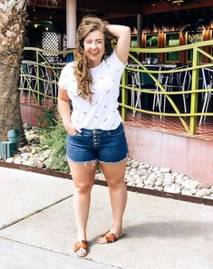 Fashion Look Featuring Old Navy Shorts and Old Navy Shorts by KristiannaLynxwiler - ShopStyle Edgy Summer Outfits, Summer Outfits For Moms, Curvy Girl Outfits, Plus Size Outfits, Casual Outfits, Plus Size Summer Clothes, Plus Size Fashion For Women Summer, Summer Dresses, Spring Outfits