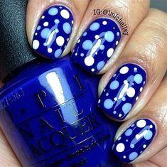 34 diseños de uñas decoradas con lunares, ¿con cuál te quedas?