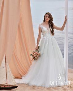 Bridal collection Belfaso 2020 - wedding dress insp. Summer bride The Dress, Bridal Collection, Bride, Wedding Dresses, Summer, Fashion, Wedding Bride, Bride Dresses, Moda