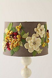Living the Anthropologie way of life.: DIY Anthropologie Home Decor Projects I have an old Hudson lamp that needs a new shade. this would be perfect Felt Flowers, Fabric Flowers, Burlap Flowers, Ribbon Flower, Ribbon Art, Plastic Flowers, Diy Ribbon, Diy Flowers, Crochet Flowers
