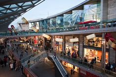 Liverpool One has done something other city centres have not managed: Attracted people back from suburbia shopping. Liverpool One, Liverpool History, Liverpool England, Liverpool Shopping, Liverpool City Centre, London Shopping, Shopping Malls, Shopping Street, Street Mall