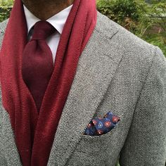 "Viola Milano ""100% Cashmere 7-fold untipped - Burgundy"", ""Paisley print wool/silk - Navy"" & ""Luxury Solid 100% zibellino Cashmere - Burgundy"" scarf... Shop all Autumn/winter essentials online at www.violamilano.com #violamilano #handmade #madeinitaly #luxury #sartorial #cashmere"