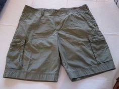 Men's Tommy Hilfiger 42 shorts cargo 344 Desert Grn 7850582 walk casual TH RARE #TommyHilfiger #shorts