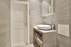 FINN – LINDERN: Lys & attraktiv 2-roms - Meget god standard - Lekkert baderom - Vender mot bakgård - Ingen trafikkstøy