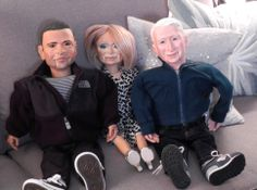 Anderson Cooper surprised Kelly Ripa with Ventriloquist Dummies of her and, her husband, Mark Consuelos!! LOL! #VentriloquistDummies #MarkConsuelos #KellyRipa #AndersonCooper