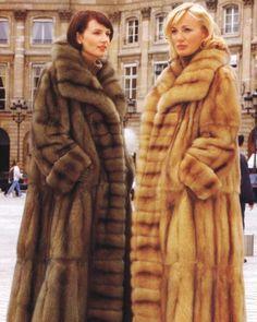 Russian and Golden Sable Fur Coats Moda Vintage, Vintage Fur, Fur Fashion, Winter Fashion, Sable Fur Coat, Chinchilla Fur, Fabulous Furs, Style Guides, Coats For Women