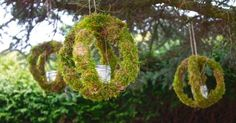 Moss lover? These easy to make hanging candles orbs are perfect for outdoor entertaining. Embroidery hoops + moss = amazing! Click on the pictures for more inst…