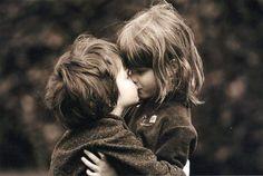 kiss, children, girl and guy on We Heart It Child Love, Baby Love, Baby Baby, Kids Kiss, Sweet Kisses, Young Love, Kindergarten Teachers, Wedding Gallery, Portrait Photo