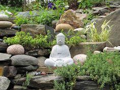 buddha deko, buddha garten, gartenleuchte, buddha figur garten, Terrassen ideen