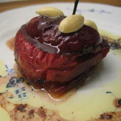 Aito ranskalainen resepti! Madame Poulardin uuniomenat, käyttäjältä Dr.Styranki. - Kotikokki.net Beef, Food, Meat, Essen, Meals, Yemek, Eten, Steak