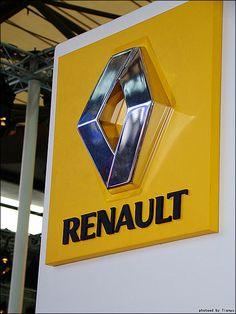 Renault Logan резко подешевел в России